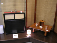 創房荻須 展示の様子