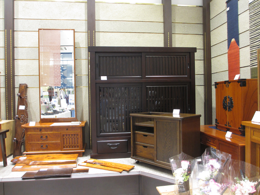 (株)神谷家具